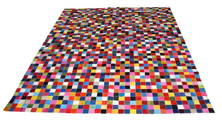 tapis patchwork carre multicolores peau vache pixo 2 mobiliermoss le blog mobilier moss. Black Bedroom Furniture Sets. Home Design Ideas