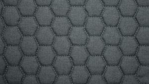 pouf-tissu-3d-nid-abeille-uni-gris-linzy-mobiliermoss