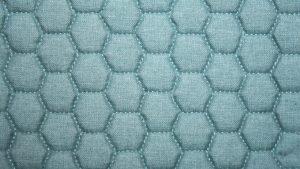 pouf-tissu-3d-nid-abeille-uni-vert-linzy-mobiliermoss
