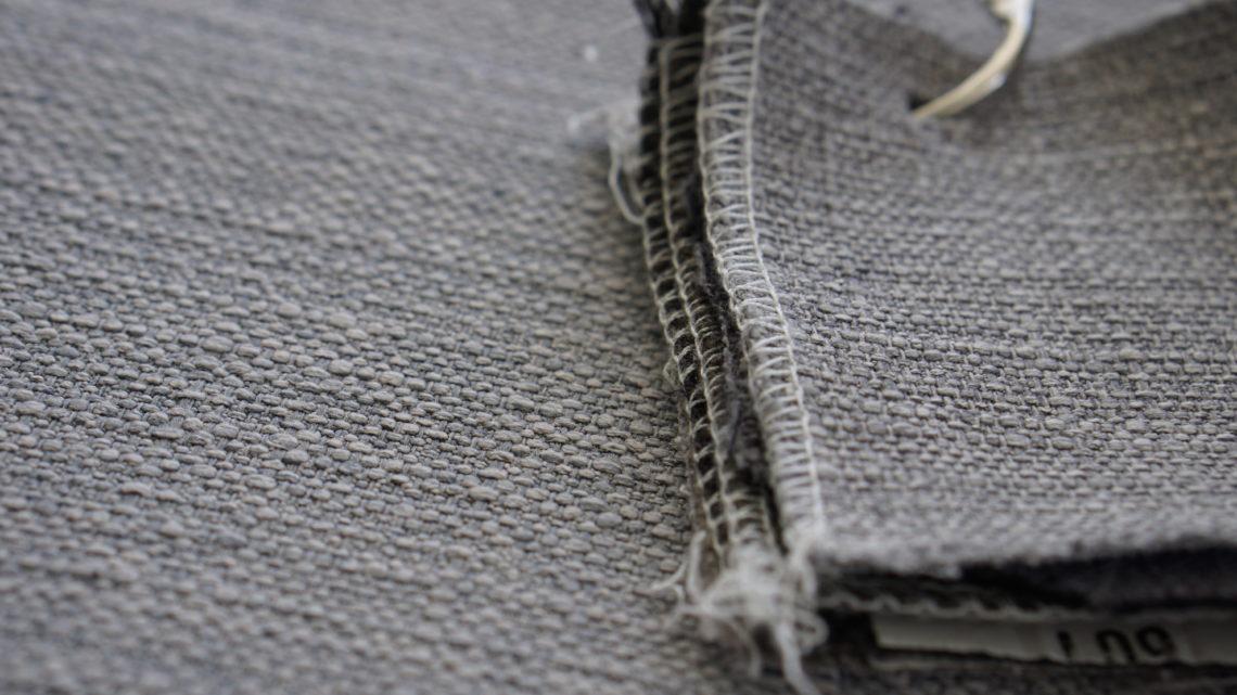 Comment nettoyer son canapé en tissu ?